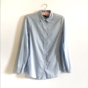 H&M   Chambray Button Up